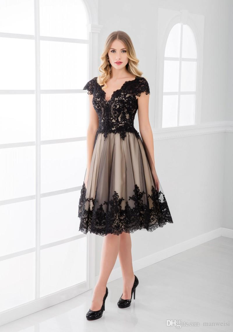 New Arrival Little Black Mother Of The Bride Groom Dresses Knee Length Lace Applique Wedding Guest Dress Cheap Plus Size Mothers Formal Wear