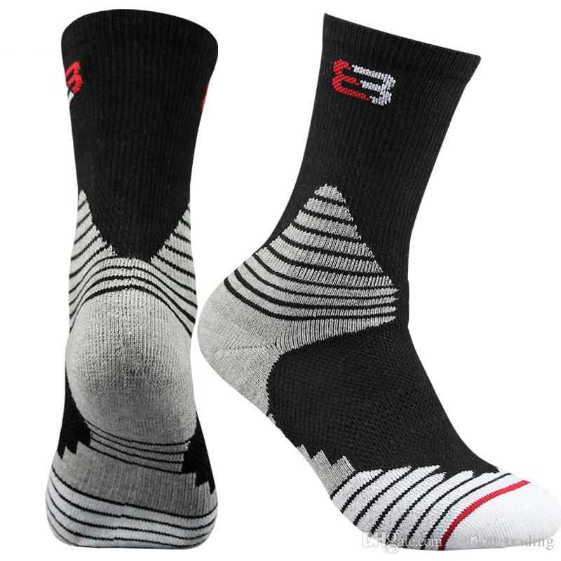 025f800596d 2019 2017 Four Seasons Men Elite Basketball Socks High Cannon Sports Socks  Male Towel Bottom Thickened Cotton Deodorant From Xiadou trading