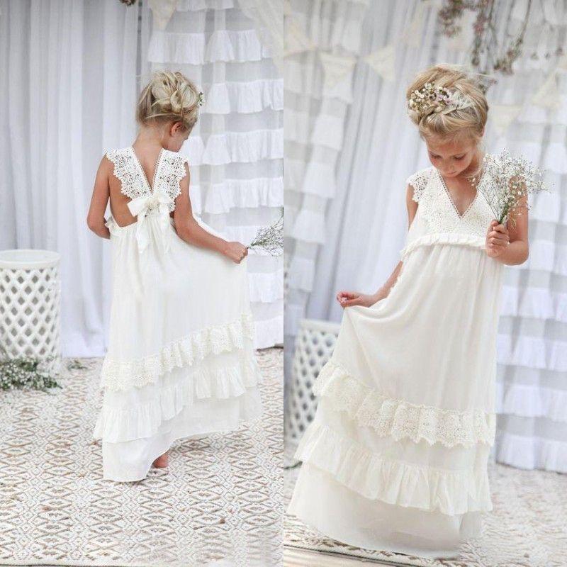 f70c966eaaf22 Acheter Romantique 2016 Nouvelle Arrivée Boho Robes De Fille De Fleur Pour  Les Mariages Pas Cher V Cou Mousseline De Soie Dentelle Tiered Robe De  Mariage ...