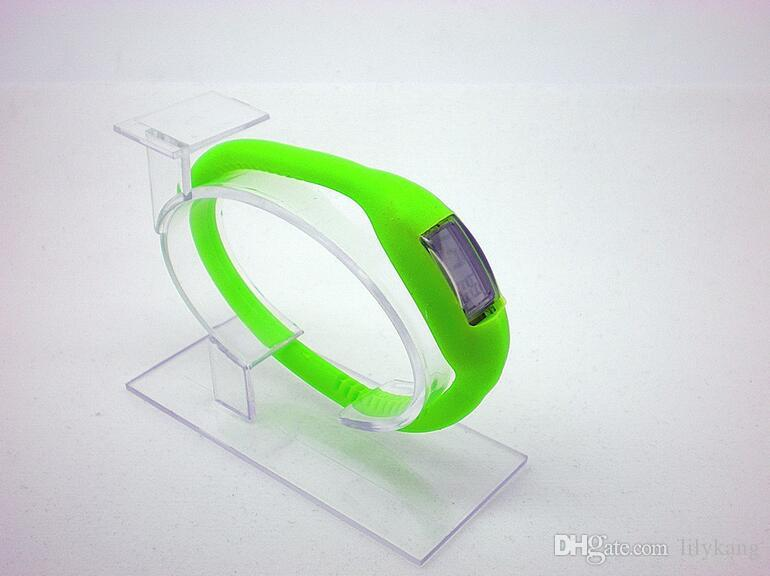 Spor dikdörtgen led saatler Kauçuk kemer silikon bilezik Bilek saatler açık yürüyüş plastik bilek saatler ücretsiz nakliye giymek
