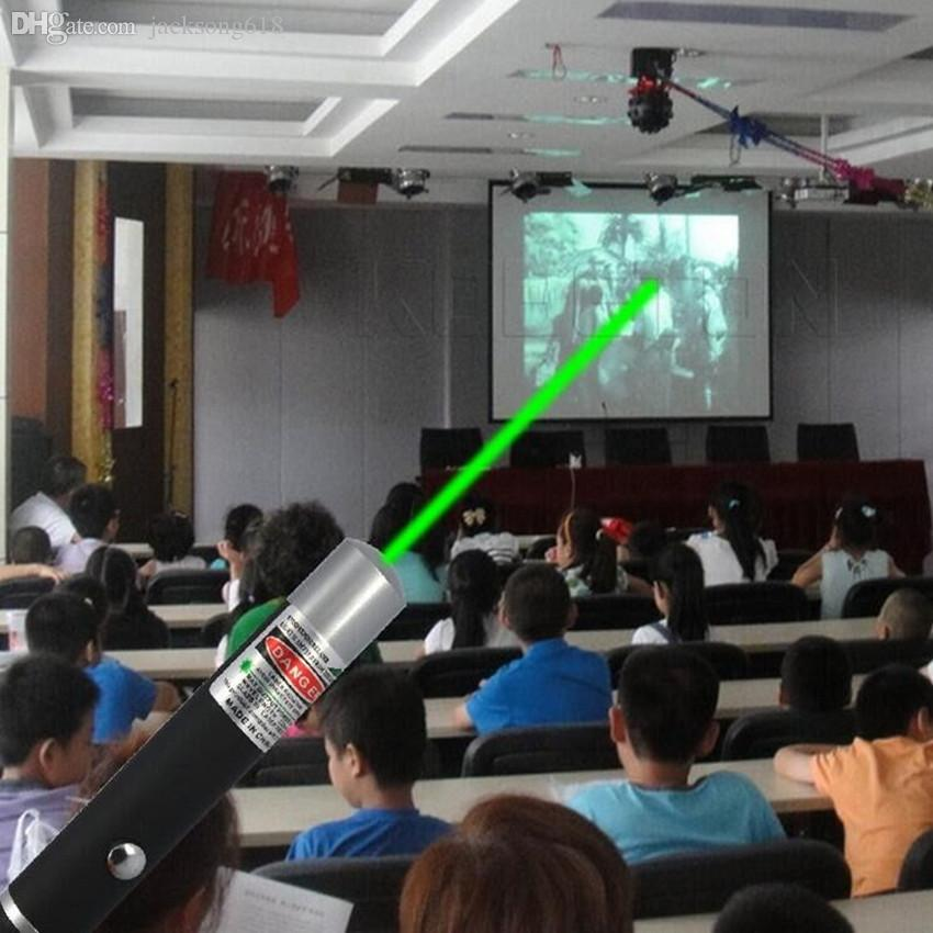 Luz Verde Caneta Laser 5 mW 532nm Feixe de Laser Pointer Pen Para SOS Montagem noite Caça Ensinando Xmas Presente Opp Pacote Atacado 10 pçs / lote