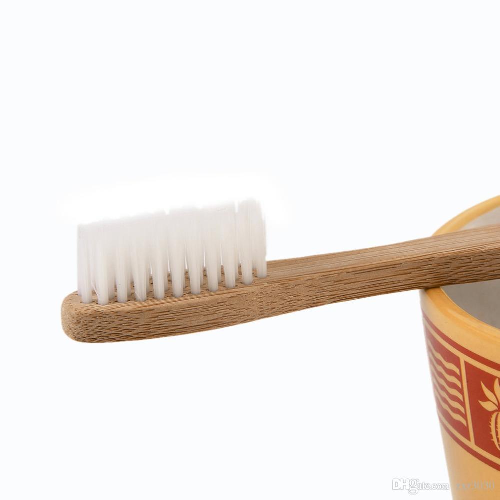 2017 Favorável ao Meio Ambiente Escova De Dentes De Madeira Escova De Dentes De Bambu De Fibra De Bambu Macio De Madeira Handle Low-carbono Ecológico Para Adultos Higiene Oral