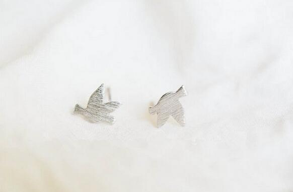 forma de la manera del envío libre al por mayor del pájaro pendientes