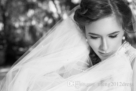 One Layer Wedding Veil Cathedral Length Cut Edge White Ivory Champagne Bridal Veil Beaded With Comb Tulle