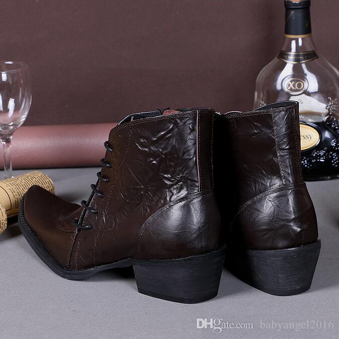 Plus Size 38-46 Stivali eleganti in pelle con stivali da uomo Scarpe Chukkas in metallo Punta con punte in metallo Moda Uomo Martin Stivali con tacchi alti da uomo Punk Rock