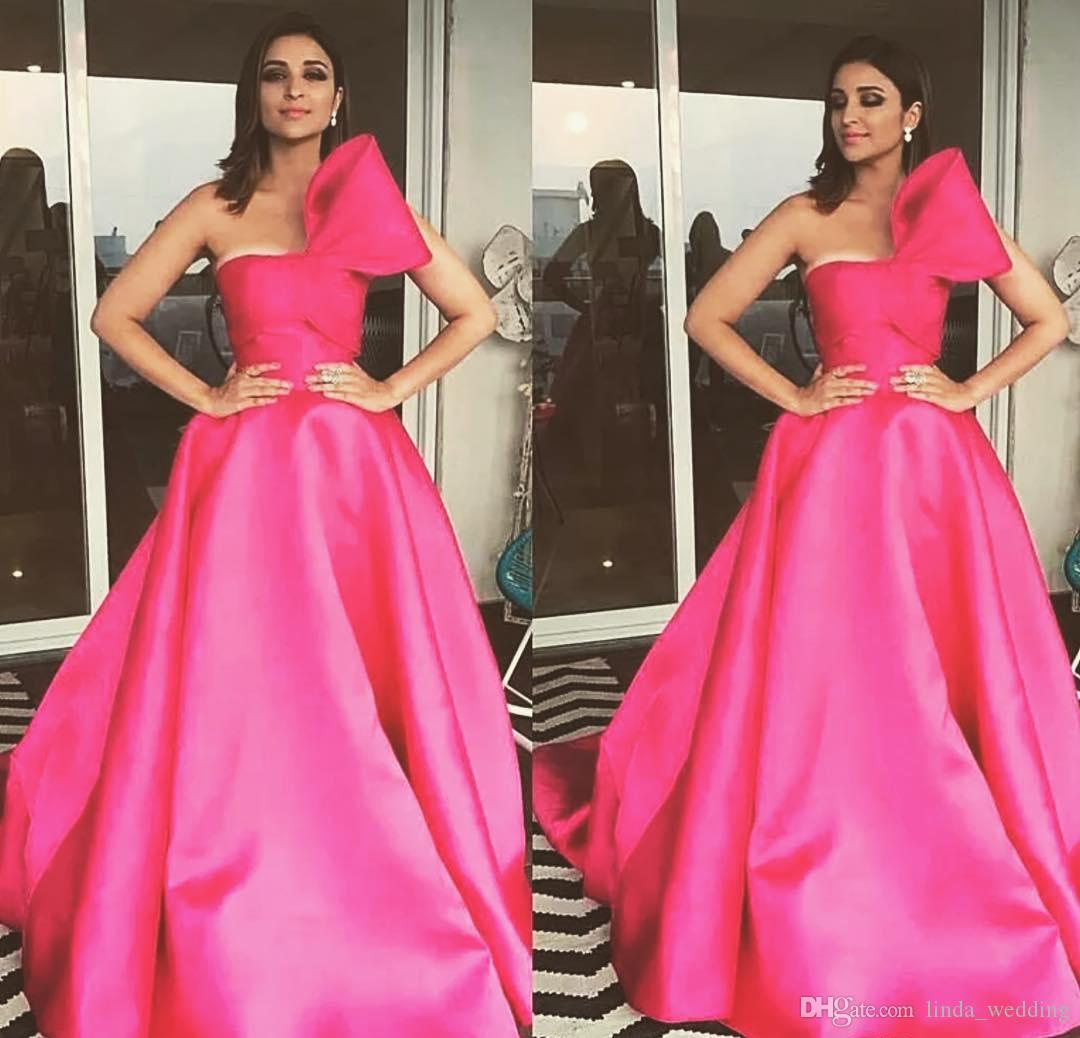 2019 Hot Pink A Line Prom Dress Satin Back Zipper feste formali indossare la laurea Evening Party Pageant Gown Custom Made Plus Size