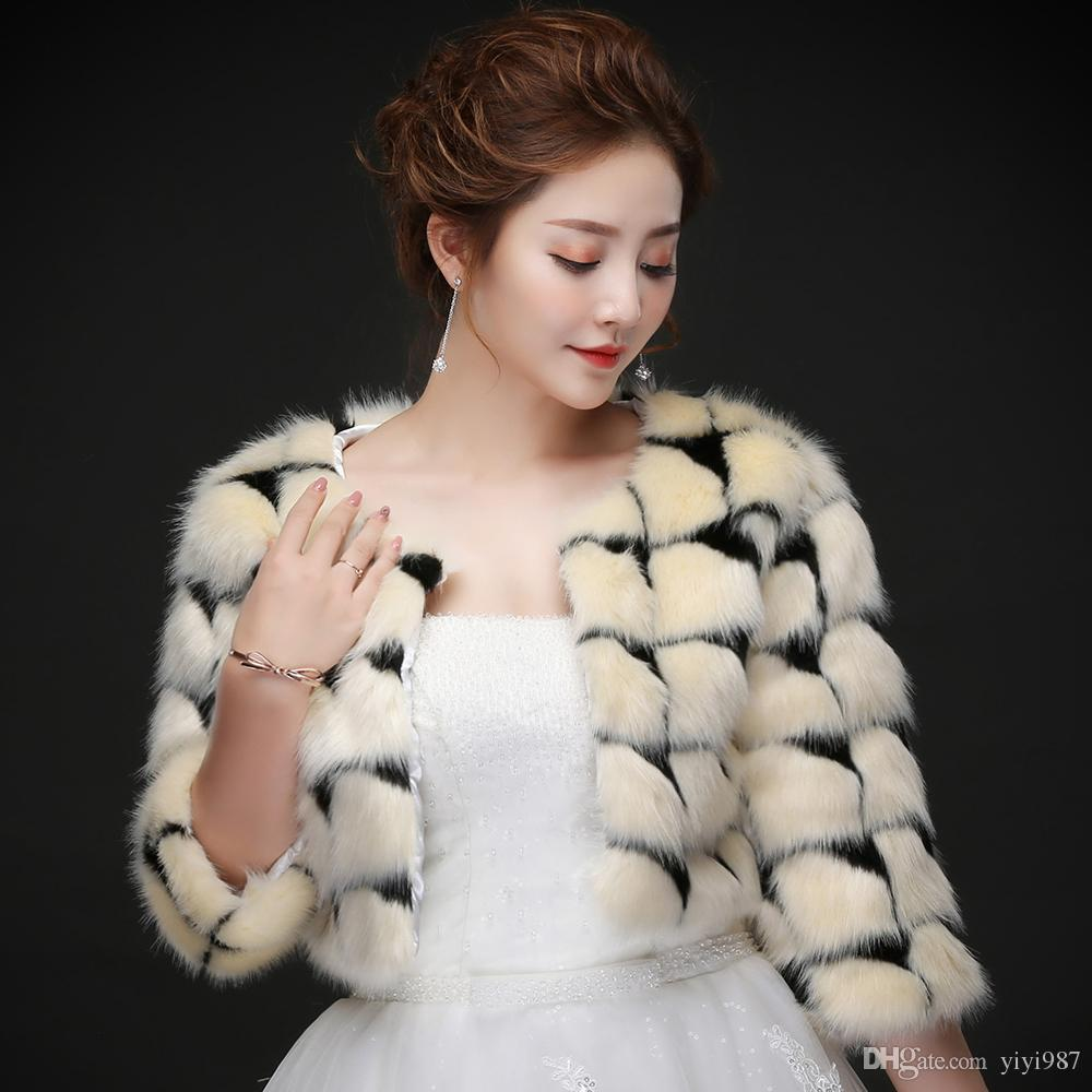 Real photos Sexy Moden Faux Fur Wedding Jacket Warm Bridal Bolero Wedding Jacket Coats Bridal Wraps Wedding Cape Cloak Wholesale