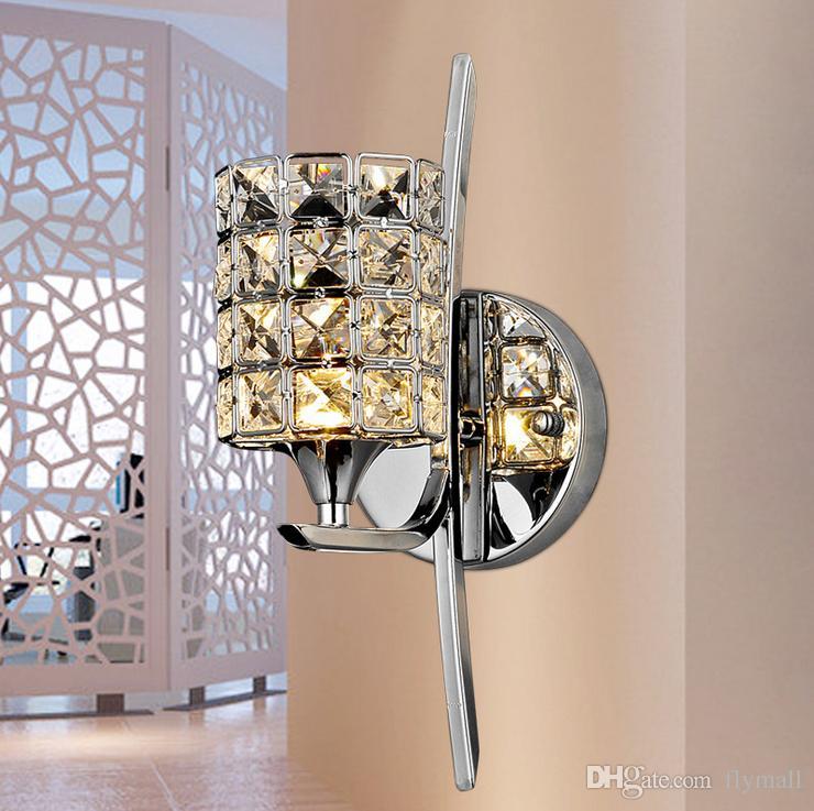 Lámpara de pared de cristal Base de cromo pulido moderno Sala de estar / estudio / comedor Lámpara de pared junto a la cama Luz de espejo led Lámpara de pasillo Lámparas de araña Luz