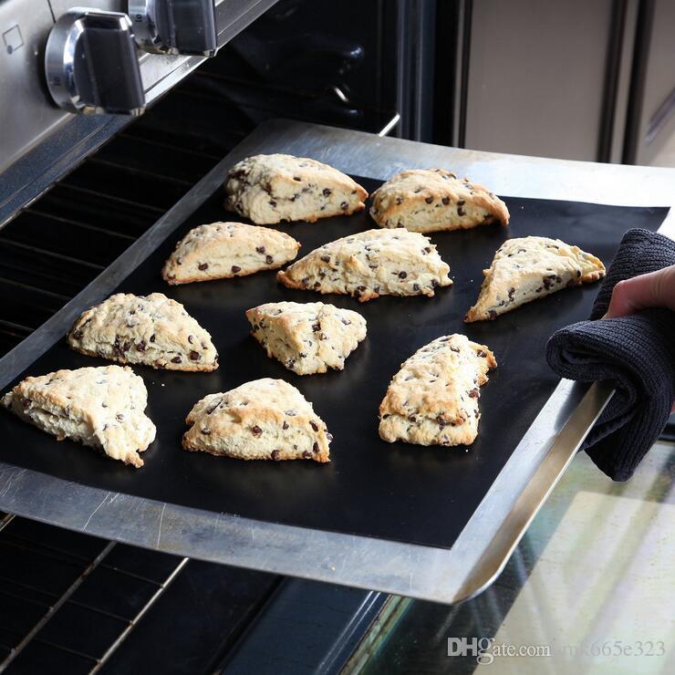 바베큐 굽는 라이너 테 플 론 바베 큐 그릴 매트 휴대용 비 스틱 및 재사용 가능한 쉽게 굽고 만들기 33 * 40 CM 0.2 MM 블랙 오븐 뜨거운 번호판 매트