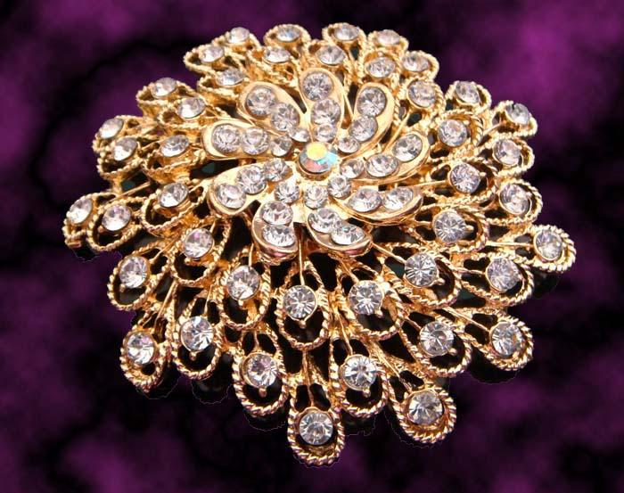 Großhandelsart und weise Frauen, die Goldzinklegierung Rhinestoneblumen Broschenschmucksachen geben Freies Verschiffen Los mischte Farbe BH710