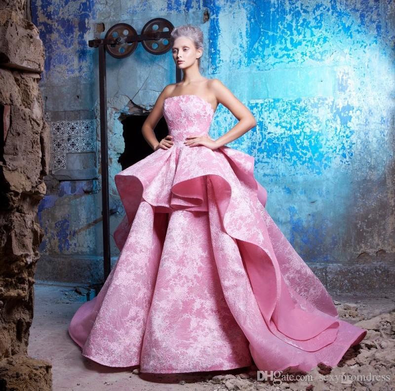 Arabia Stile senza spalline Prom Dresses 2017 Estate Applique in pizzo rosa increspato abiti da sera raso Ruffles Puffy abiti da festa formale economici