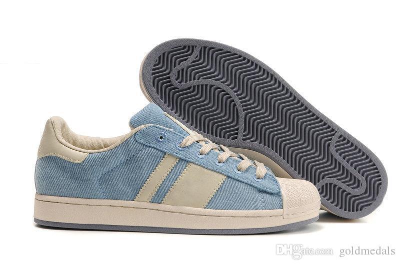Scarpe Camminare All ingrosso 80s Economico Superstar Pattini Casuali Mens  Delle Donne Superstars Corso Fashion Sneakers Stella Eccellente Formato  Degli ... 7aff89757b3