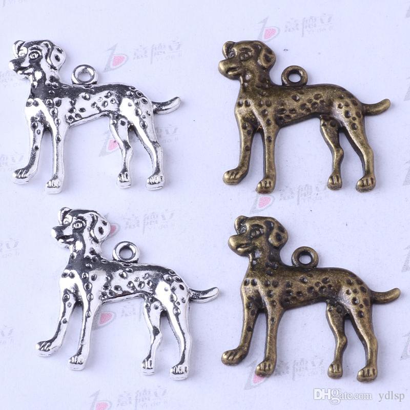Dálmatas colgante joyería DIY encajan pulseras o collar de aleación de plata antigua / encantos de bronce 75 unids / lote 40z