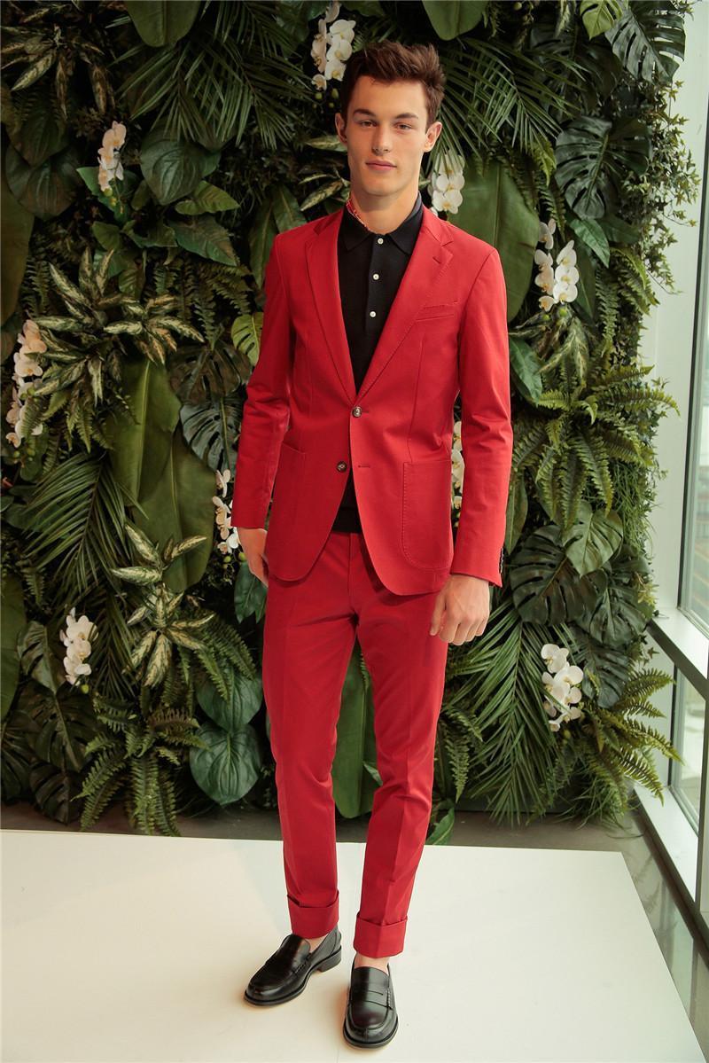 Moda esmoquin novio rojo Slim Fit Blazer hombres trajes pantalones abrigo con bolsillos dos botones hombres jóvenes esmoquin