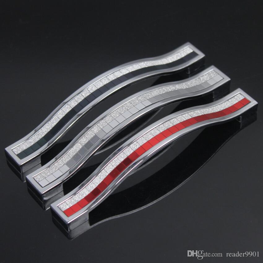 Helle silberne schwarze rote moderne Kristallzinklegierungs-Türkabinettknopf-Schrankzugküchengarderobe-Fachgriff Neigungsreihe 96 128 160mm # 51