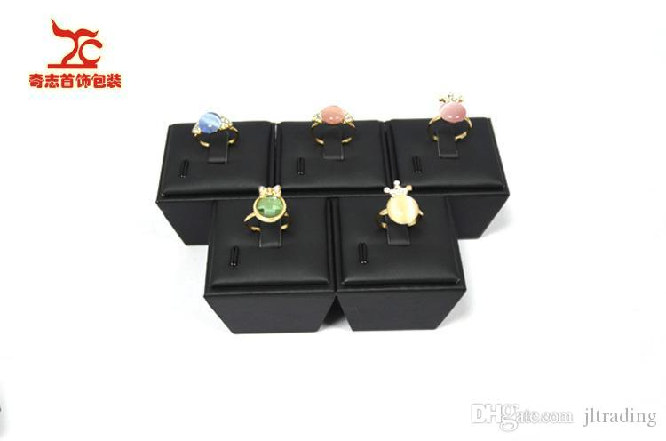 Wholesale High Quality Jewelry display Stand Black Leather Christmas Ring Holder Leather Storage Boxes