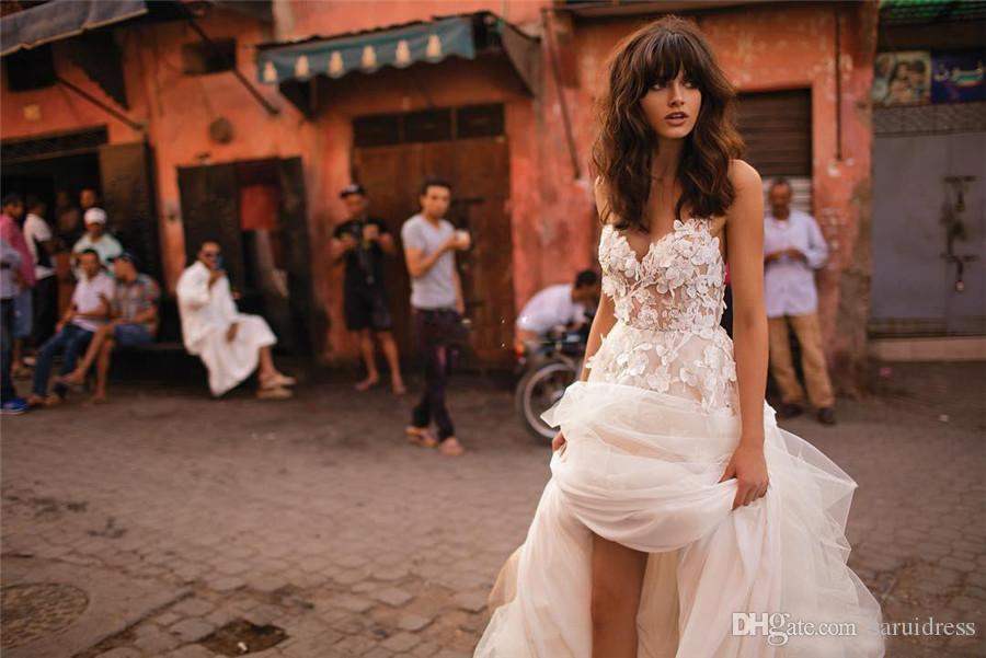 Spaghetti Fiered Skirt Backless Plus Size Elegante Jardim Country Criança Bidal Vestidos Liz Martinez Beach Vestidos de Noiva com 3D Floral