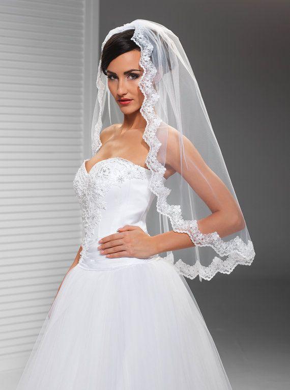 2016 New Top Qualityr Best Sale Elbow White Ivory Lace Applique veil Mantilla Veil Bridal Head Pieces For Wedding Dresses