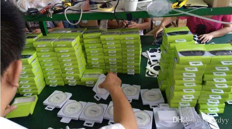 Universel Qi Sans Fil Chargeur Récent Charge Adaptateur Récepteur Pad Pour Samsung Note Galaxy S6 s7 Bord mobile pad avec paquet