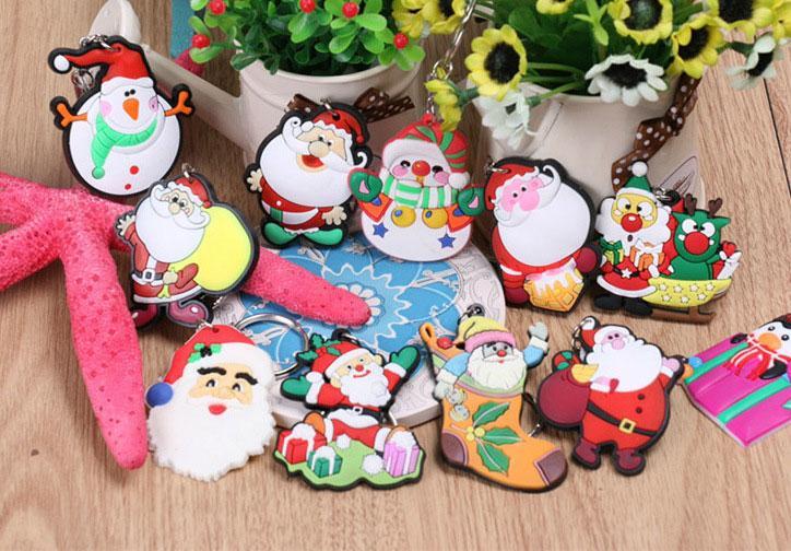 De Noël Porte-clés Père Noël Chaussettes Cadeau PVC Creative Arbre De Noël Voiture Porte-clés Petit Pendentif En Caoutchouc Ornements De Mode Bijoux Porte-clés