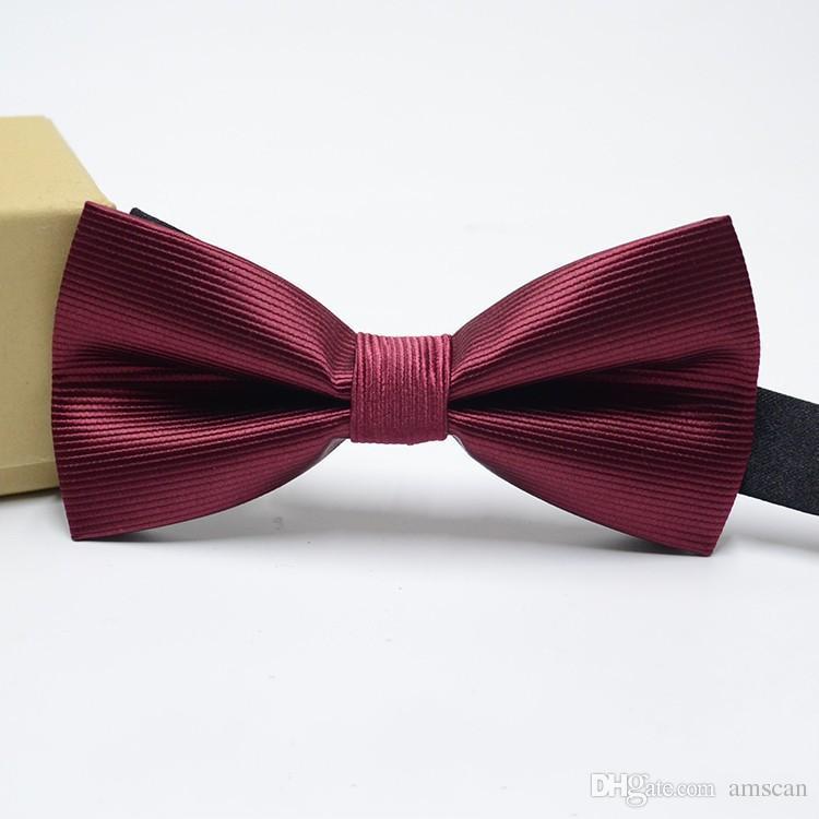 Nueva Moda Tuxedo Pajarita Hombres A Rayas Punto Novio Padrino de Boda Partido de Colores Rayas Mariposa Cravats Trajes de Boda Accesorios