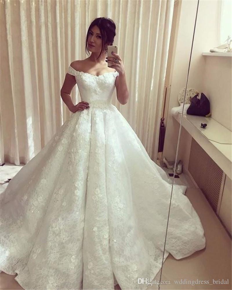 1cfe5222f0ee Acquista Abiti Da Sposa Premaman 2018 Scollo A V In Pizzo Appliques Off  Spalla Vintage Ball Gown Abito Da Sposa 2017 Princess Wedding Dress Plus  Size A ...