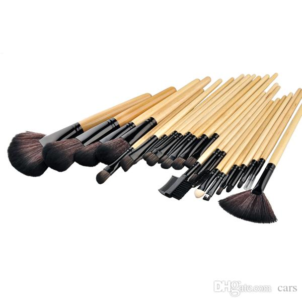 1 lote = El cepillo de cosméticos más barato Pro Pincel de maquillaje Juego de herramientas de maquillaje profesional Rosa de madera Color negro Comestic Pinceles de maquillaje 0605053
