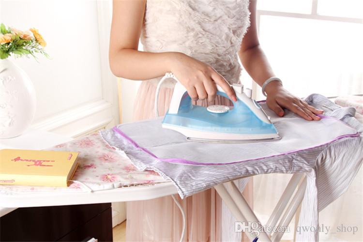 Isolazione protettiva del rilievo d'stiratura giapponese del panno di Iioning ad alta temperatura contro il materasso rivestente di ferro della casa calda 58 * 39cm