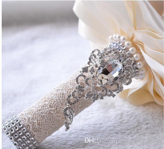 2021 mariage récent avec bouquets de mariée main fleurs Peals cristal strass Fournitures de mariage Rose Bride holding Broche Bouquet