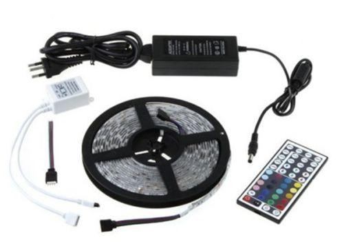 5M SMD RGB 5050 300 LEDS Bande Lumineuse Imperméable + 44 Touches Distantes + Alimentation 12V 5A