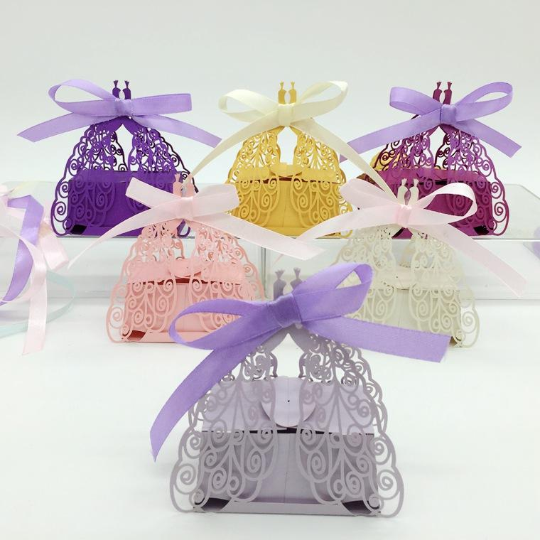 100 قطع الليزر قطع الجوف الطاووس كاندي صندوق الشوكولاتة صناديق مع الشريط ل حفل زفاف استحمام الطفل لصالح هدية