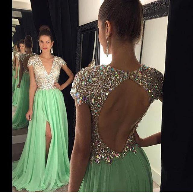 반짝 이는 2016 댄스 파티 드레스 긴 캡 소매 라인 스톤은 백리스 스플릿 라이트 그린 시폰 이브닝 가운 저렴한 특별 드레스