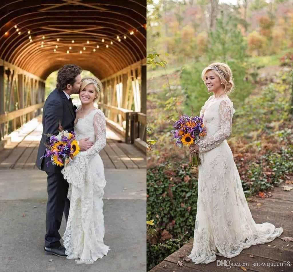 Kelly Clarkson Wedding Dress