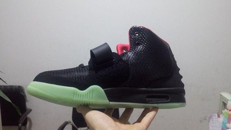 Kanyes 2 NRG Mens 운동화 태양 광 레드 플래티넘 웨스트 트레이너 고품질 야외 스포츠 및 농구 신발 크기 41-47