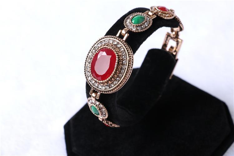 2016 Hot fashion alloy bracelet European and American vintage oval ruby color resin rose gold plated jewelry female
