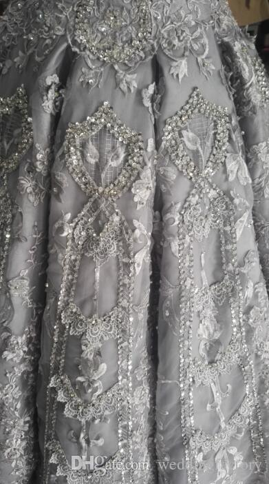 Riktiga bilder bollklänning som bling bröllopsklänning lyxig vit elfenben silver från axelkristallerna pärlor spets applikationer brudklänning domstol tåg