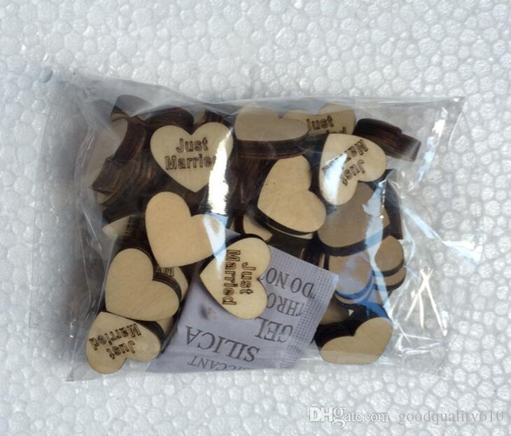 Perles de boutonnage en bois avec une lettre marquée pour les ornements de table Décoration de mariage Props