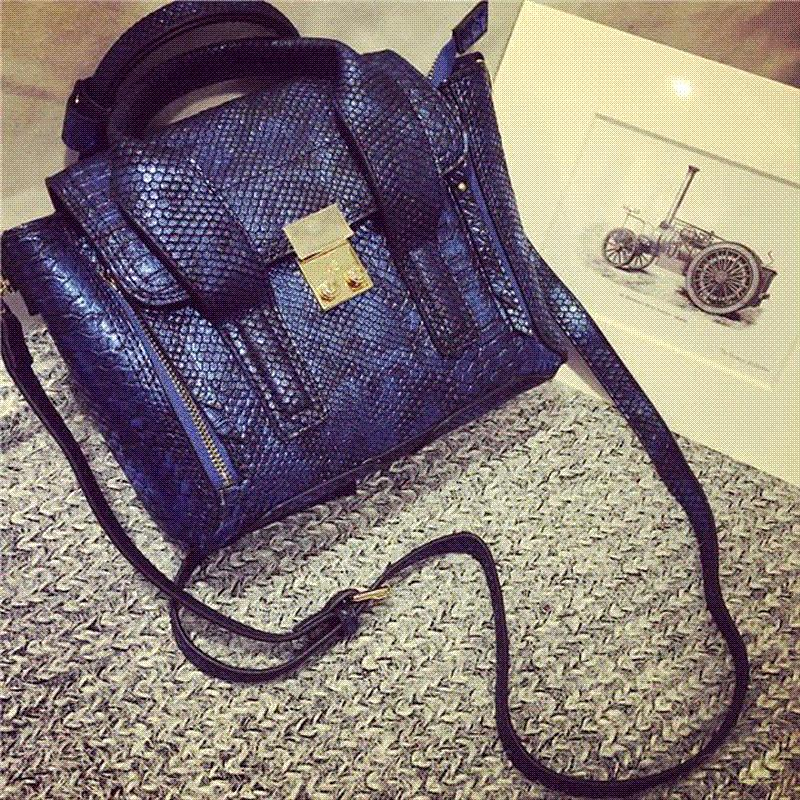 2016 New Serpentine Women Handbag Woman Smiley Bag Designer Leather Hand  Bags Women S Shoulder Bag Brand High Quality Tote Bag Messenger Bags For  Women ... 6c4748dc3ae9a