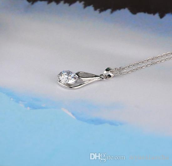 Collana classica a clavicola con ciondolo shinning a singolo diamante, forma a goccia d'acqua, qualità hign e spedizione gratuita