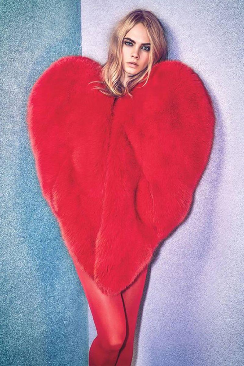 2018 Rihanna Red Heart Fur Coat Women Chic Hot Womens Faux