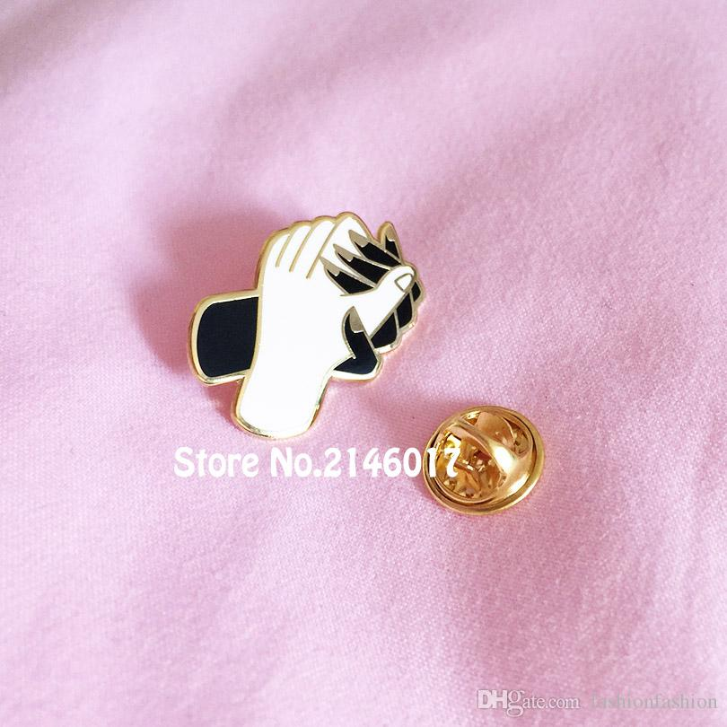 10pcs Wholesale Friendship Collar Pins Badges Metal Craft Hands Hold Tight  Brooch for Lady Hard Enamel Lapel Pin Birthday Gift