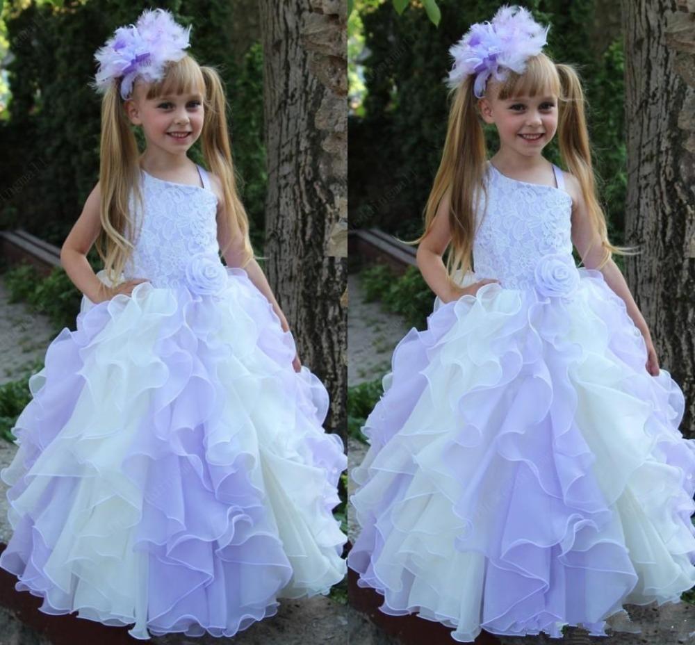 Lanvender Ball Gown Flower Girl Dresses 2016 Con Pizzo Cascading Ruffles Piano Lunghezza Baby Girl Dress Comunione Abiti bambina