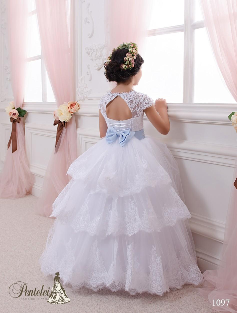 2016 Ball Gown Kids Wedding Dresses with Cap Sleeves and Lace Up Back Lace Appliqued Tulle Beautiful First Communion Gowns for Little Girls