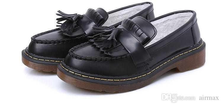 Winter New Arrival Women Brogue Shoes Warm Inside Round Toe Slip On Aged Tassell Brown Leather Shoes For Man Plus Size 10 11