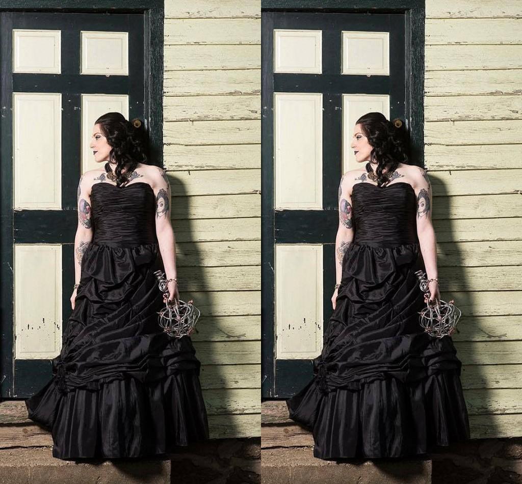 Gothic Black Wedding Dresses Plus Size Ball Gowns Puffy: Victorian Gothic Black Wedding Dresses Taffeta Ball Gown