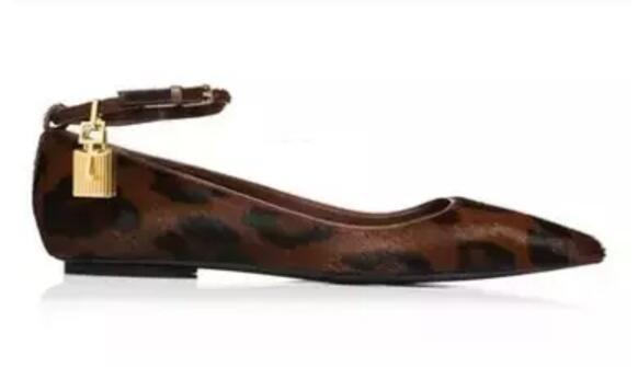 2020 femmes chaussures habillées imprimé léopard des flats plage chaussures bride à la cheville robe noire orteil point de chaussures de soirée lockkey sandales femmes chaussures de vacances