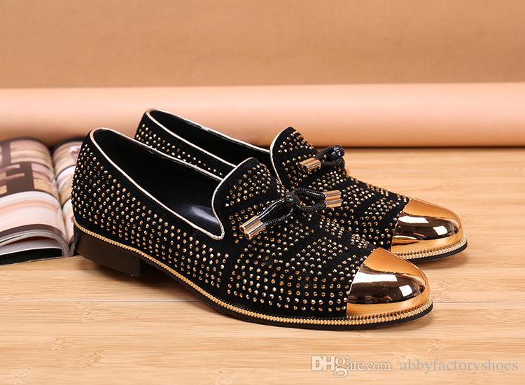 2017 Casual Formale Schuhe Für Männer Schwarz Echtem Leder Quaste Männer Hochzeit Schuhe Gold Metallic Mens Studded Loafers Kristalle Herren Tennisschuh