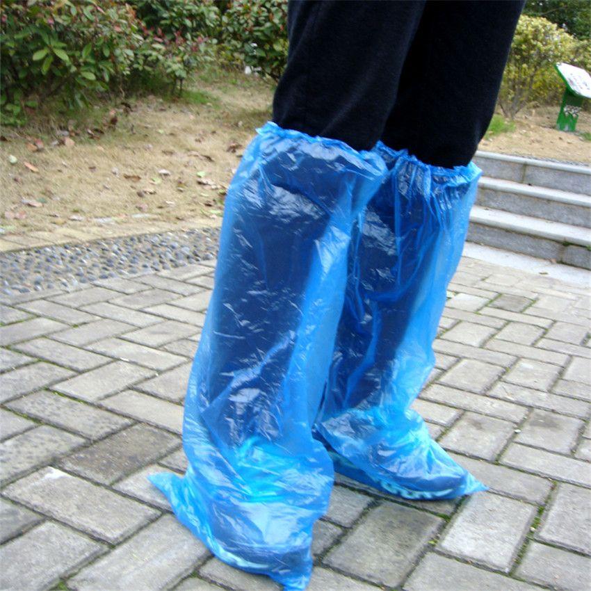 Envío gratis oficina del hogar engrosamiento desechables cubierta del zapato de plástico 100 a prueba de polvo a prueba de polvo cubierta del zapato de casa cubierta de zapatos de lluvia