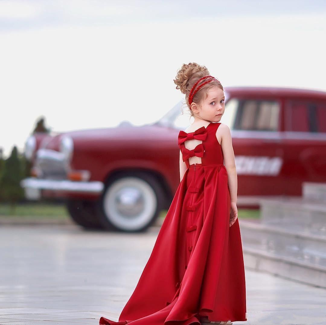 carino Abito da spettacolo in raso rosso ragazza lungo A-Line Gioiello con collo laurea Compleanno Abiti Bambini Abiti da ballo senza schienale