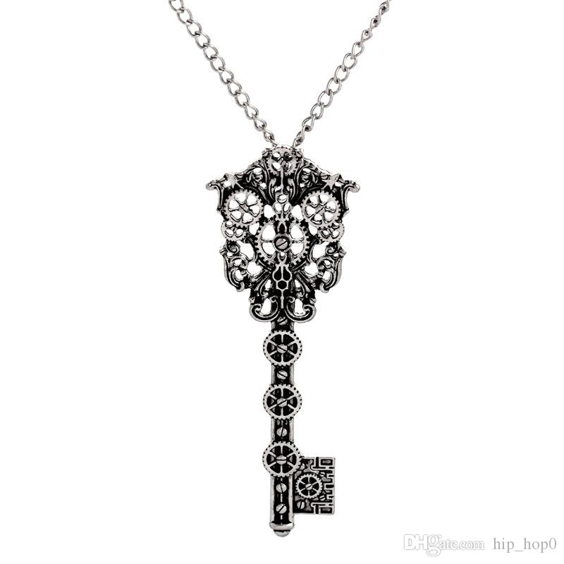 Vintage Steampunk Necklace Gear Key Shaped Pendant Necklace Ancient Silver Bronze Steament Punk Jewelry Women Beautiful Retro Accessories